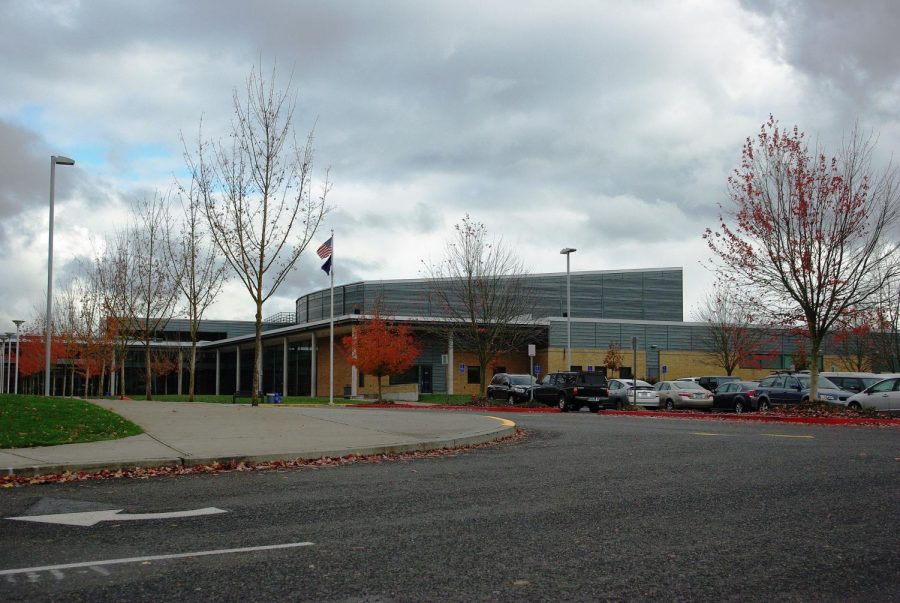 Clackamas High Lockout